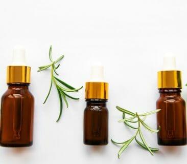 Blog Luna Herbs Wildkräuter_Die Eigenschaften Ätherischer Öle